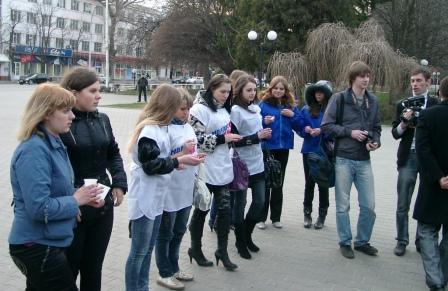 День траура в память о жертвах теракта, произошедшего в московском метро