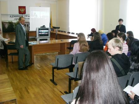 15 апреля состоялось первое занятие в Областной школе подготовки молодых организаторов выборов