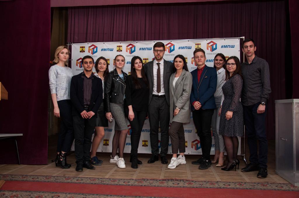 Состоялись выборы члена Молодежного парламента при ЗСРО